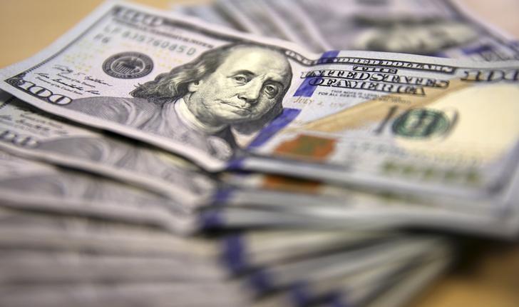 Dolar AS Turun meski Ketegangan Cina-AS Memanas