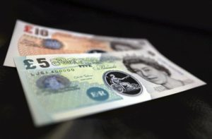 Pound Turun Lawan Euro & Dolar, Pasar Kecewa Perkembangan Vaksin Covid-19